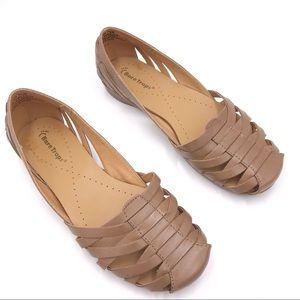 BareTraps Elton Huarache Leather Flat Size 7.5